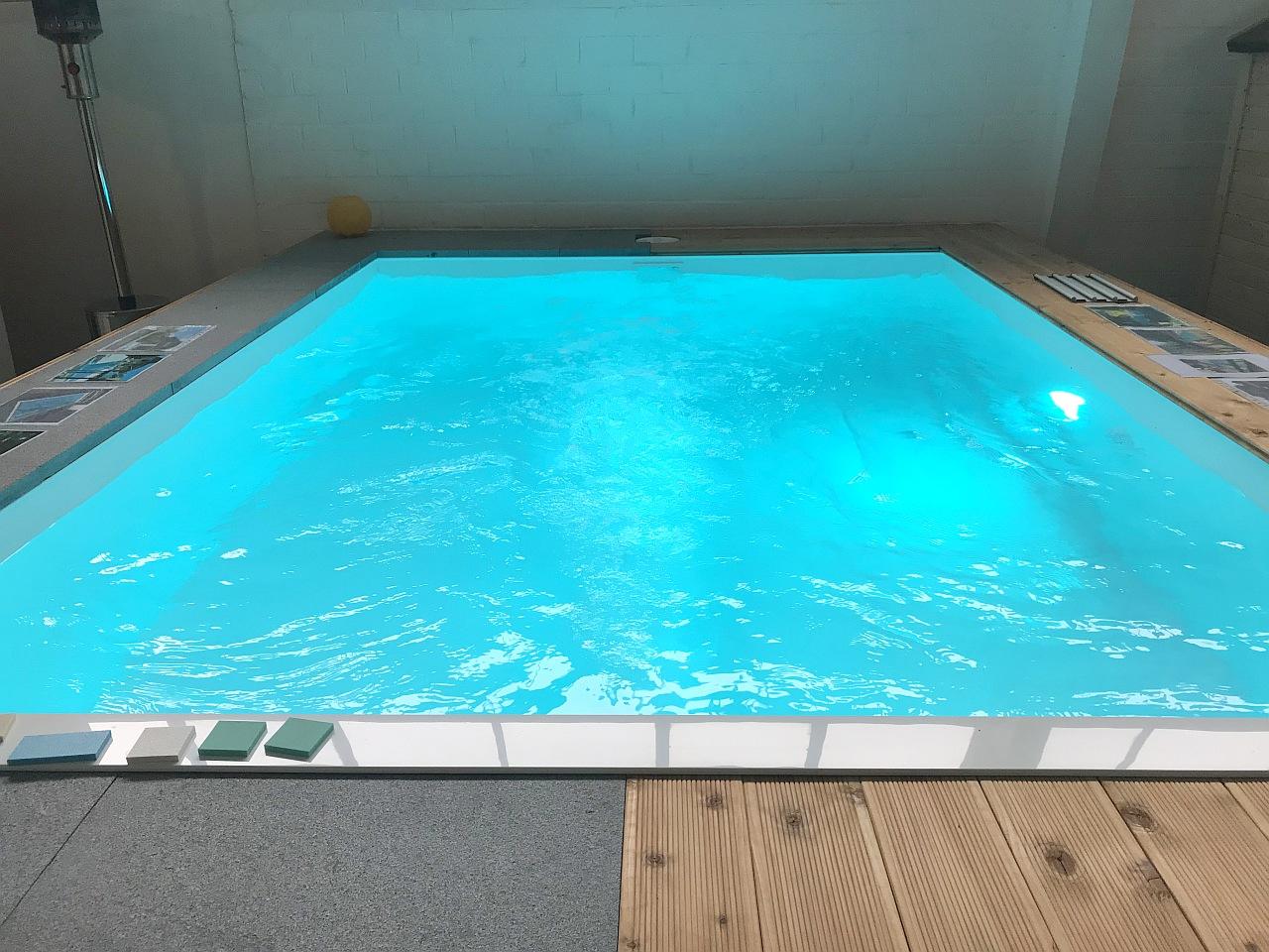 vogel pool gmbh schwimmbecken aus polypropylen gfk und ceramic unsere ausstellung. Black Bedroom Furniture Sets. Home Design Ideas