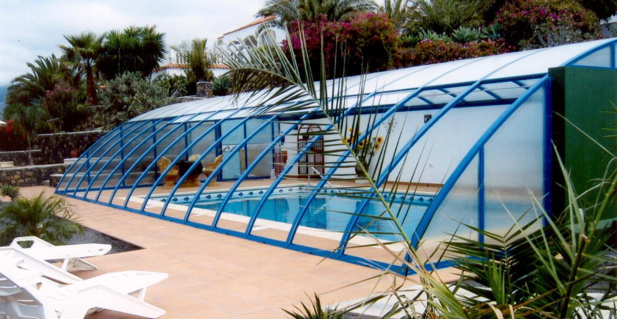 Vogel pool gmbh schwimmbecken aus polypropylen gfk und for Pool im angebot
